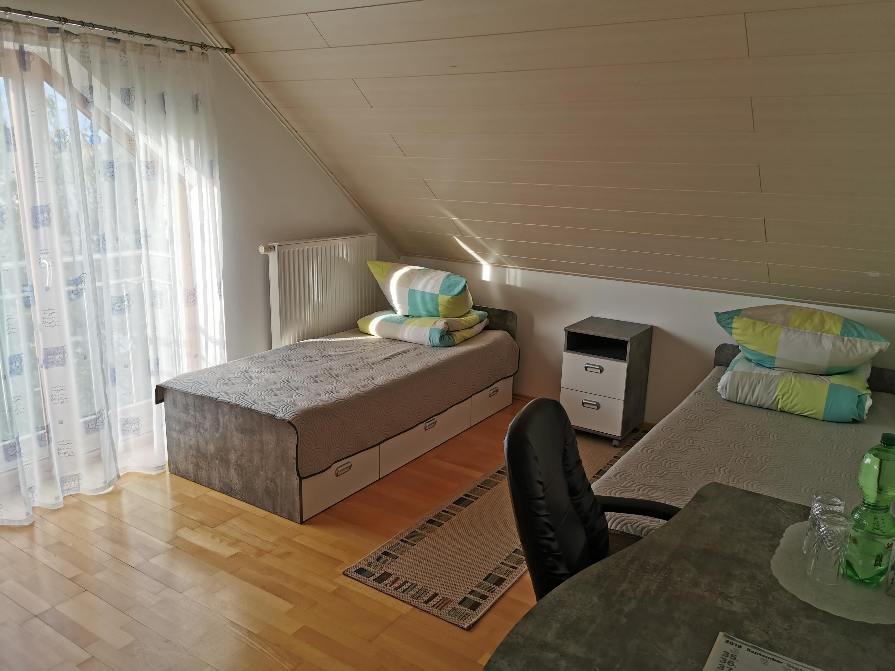 Zimmer im Haus 01